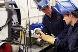 qualifications-to-become-a-mig-welder