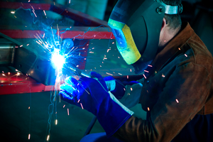 A steel welder at work