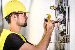 electrician apprenticeship requirements