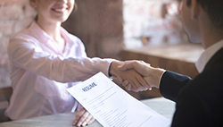 Benefits of a Temporary Staffing Agency for Job Seekers